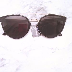 Accessories - Black Statement Sunglasses